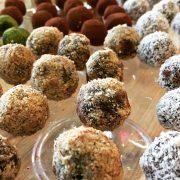 Energyballs - roh und vegan - einfach und schnell zubereitet