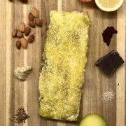 Roher Schoko-Brownie mit Mangopüree