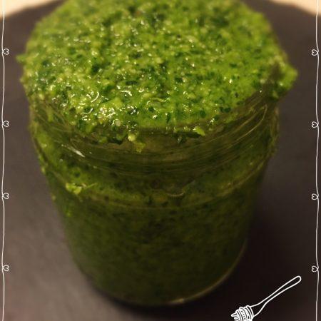 Rucolapesto - 5 Minuten Pesto - einfach und schnell zubereitet